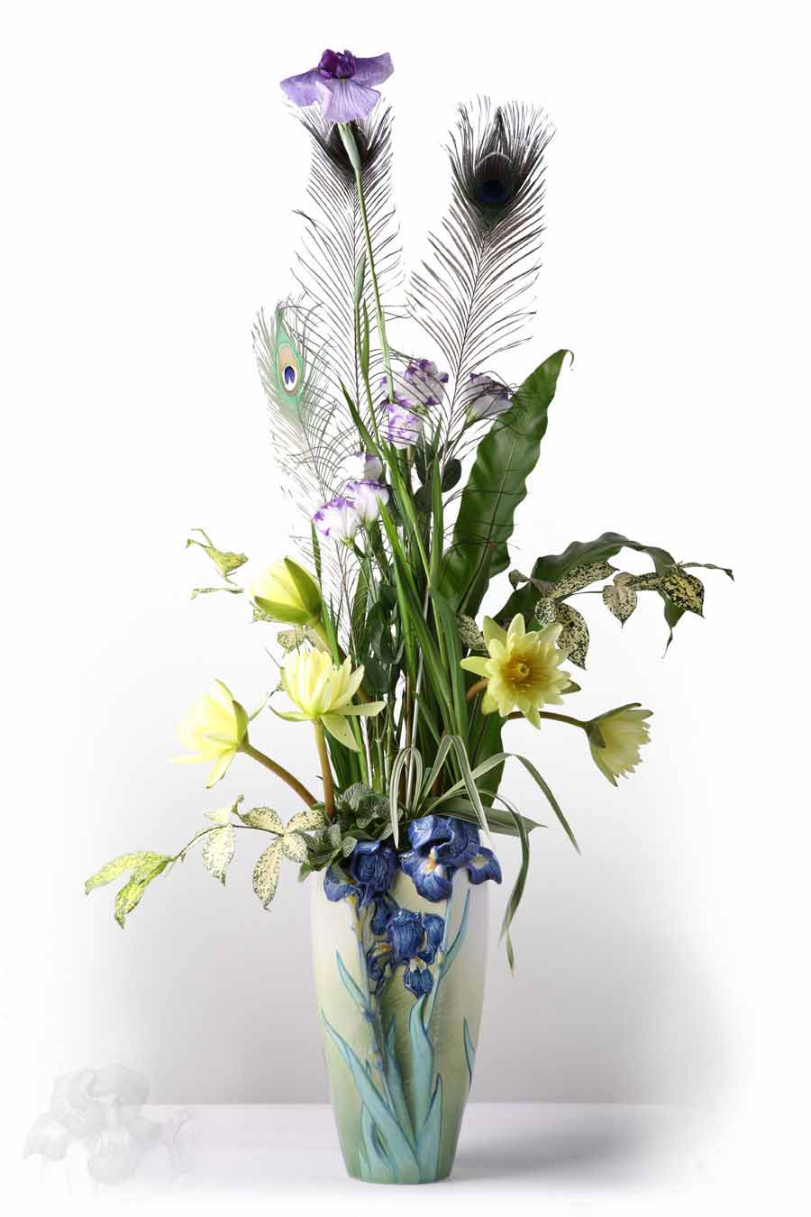 Floral design the magnificent iris vaseflower arrangement by andreas faber izmirmasajfo